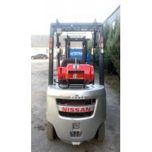 Вилочный погрузчик NISSAN P1F1A15D 2012 б/у